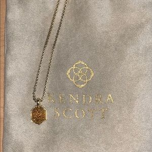 Kendra Scott Teo Pendant Necklace in Gold Drusy.
